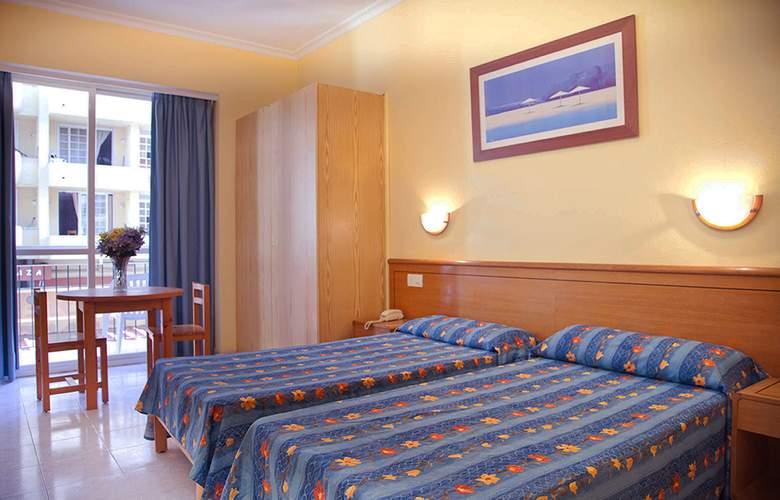 Central Playa - Room - 8