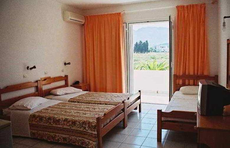 Nina Beach - Room - 2