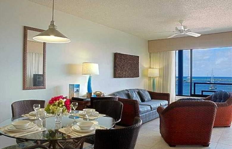 Royal Palm Beach Club - Room - 4