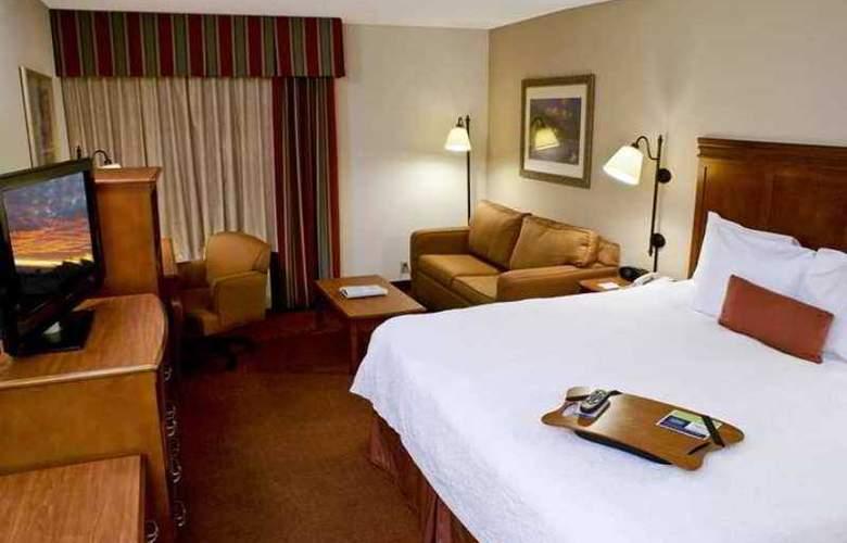 Hampton Inn Austin/Airport Area South - Hotel - 1