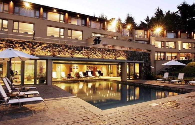 El Casco Art Hotel - Pool - 8