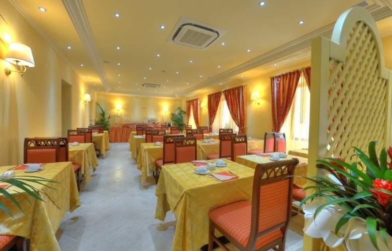 Panorama - Restaurant - 8