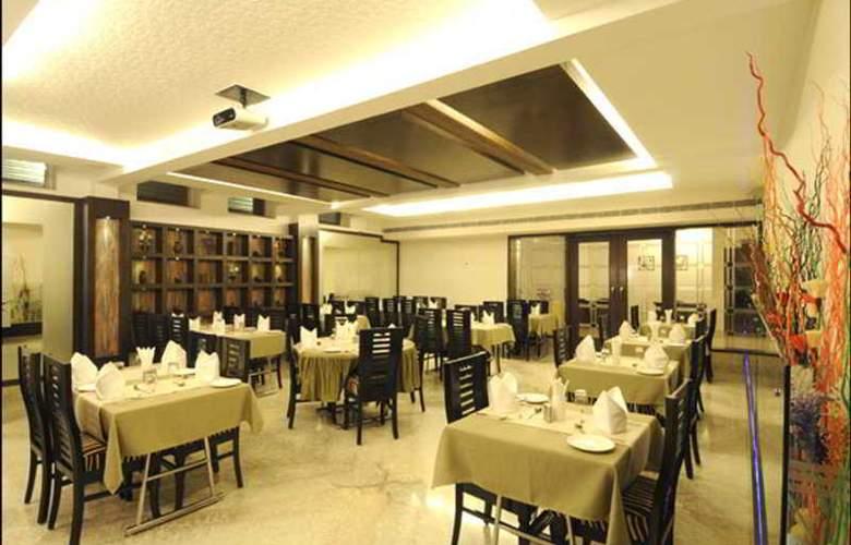 Crystal Inn - Restaurant - 7
