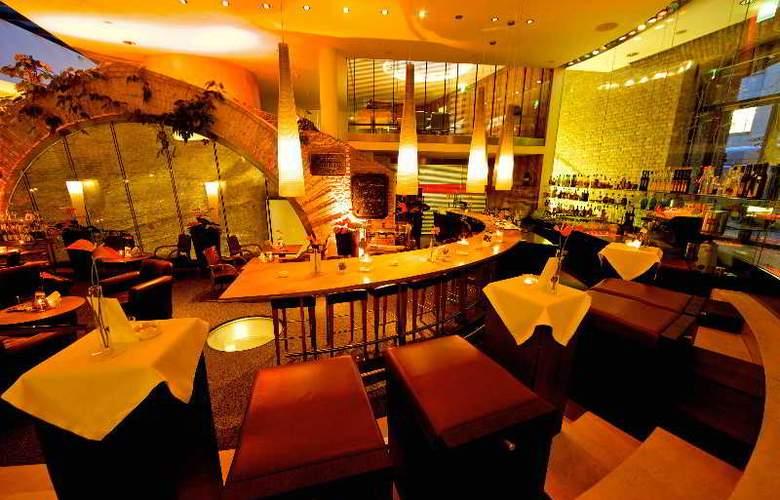 Palais Coburg - Bar - 5