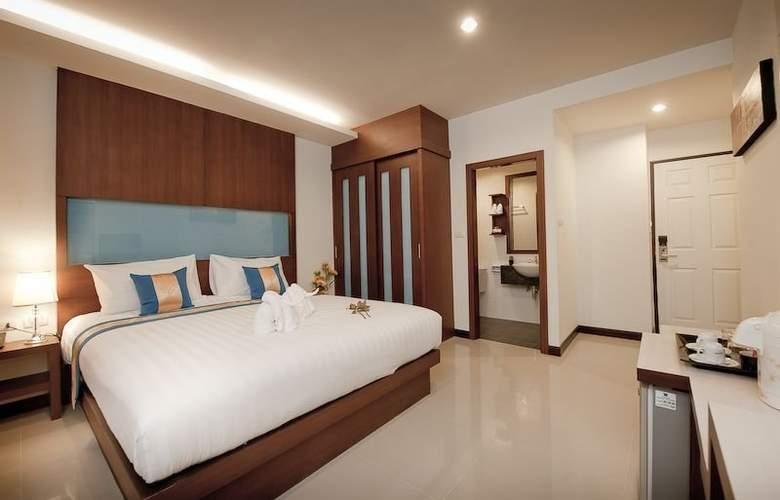 Blue Sky Patong Hotel - Room - 8