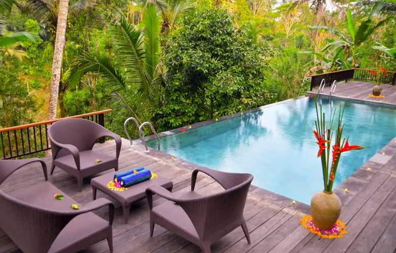 The Kampung Resort Ubud - Pool - 25