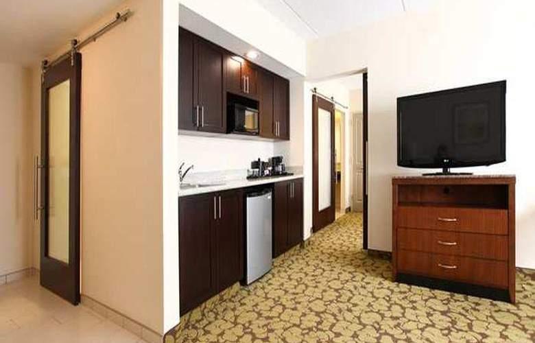 Hilton Garden Inn Olathe, KS - Room - 12
