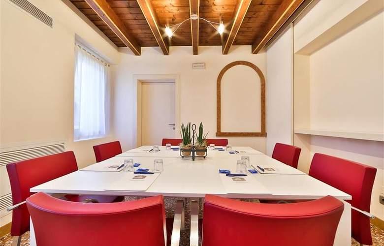 Best Western Titian Inn Treviso - Conference - 47