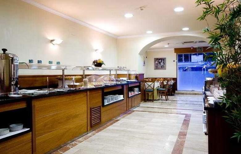 Oasis - Restaurant - 6