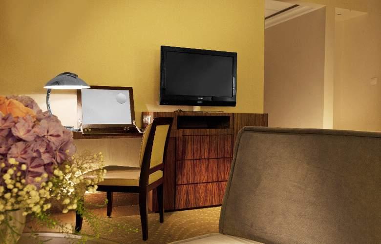Radisson Blu Alcron Hotel - Room - 5