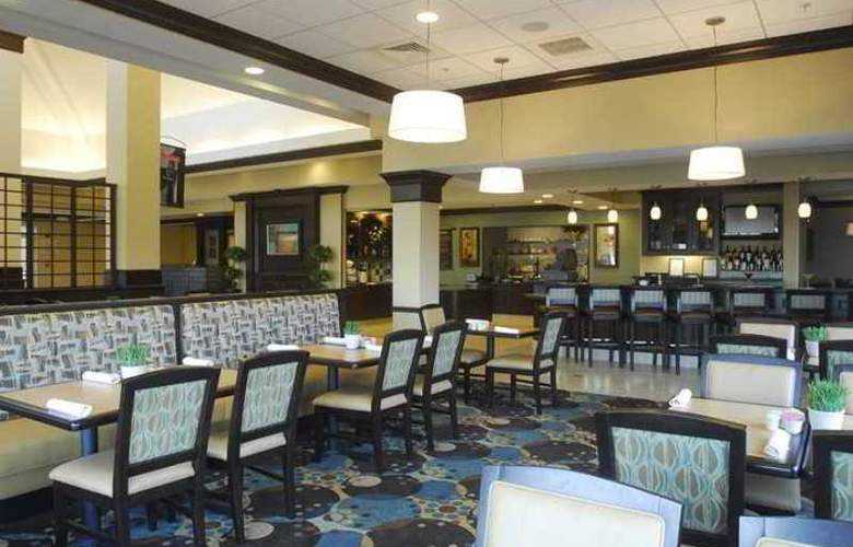 Hilton Garden Inn Hampton Coliseum Central - Hotel - 8