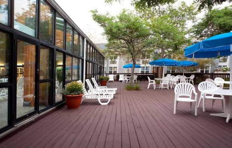 Holiday Inn Cape Cod-Hyannis - Hotel - 4