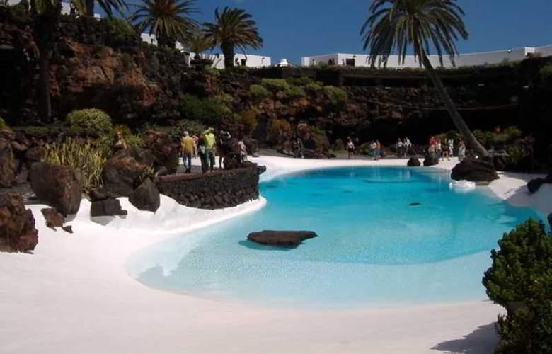 Islamar Arrecife - Pool - 1