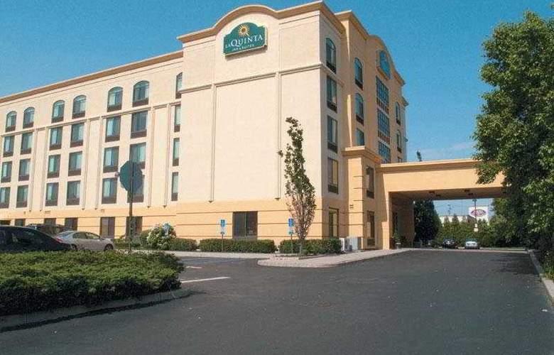 La Quinta Inn & Suites Garden City - General - 2