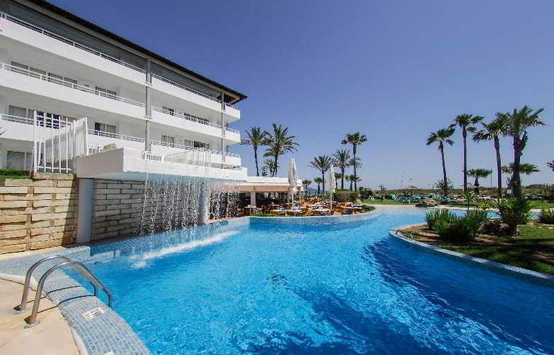 Playa Esperanza - Pool - 27