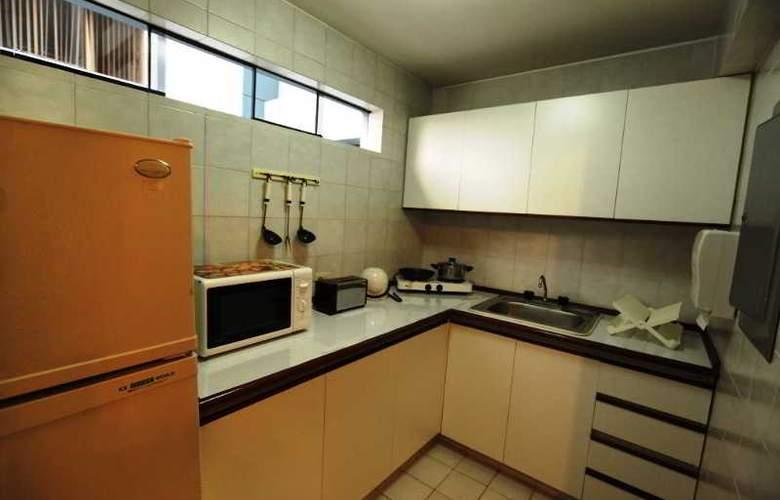 Suites Plaza Las Flores - Room - 1