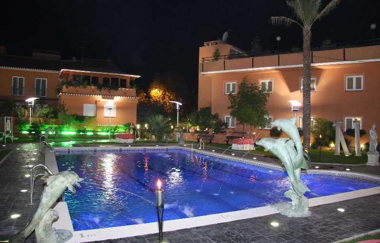 Camino de Granada - Pool - 3