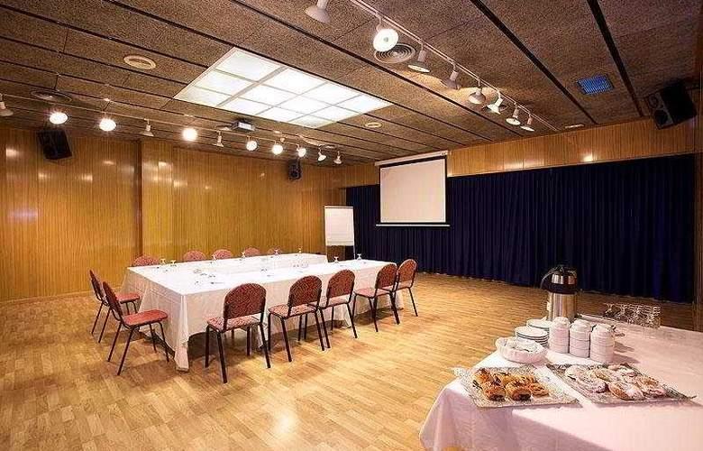 Domo - Conference - 7