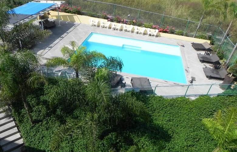 Hotel Zar Colima - Pool - 15