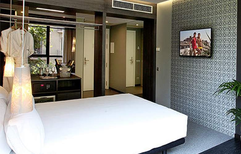 Two Hotel Barcelona By Axel - Room - 9