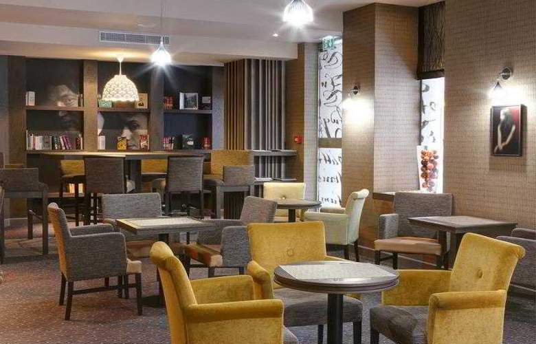 Best Western Hôtel Littéraire Premier Le Swann - Hotel - 56