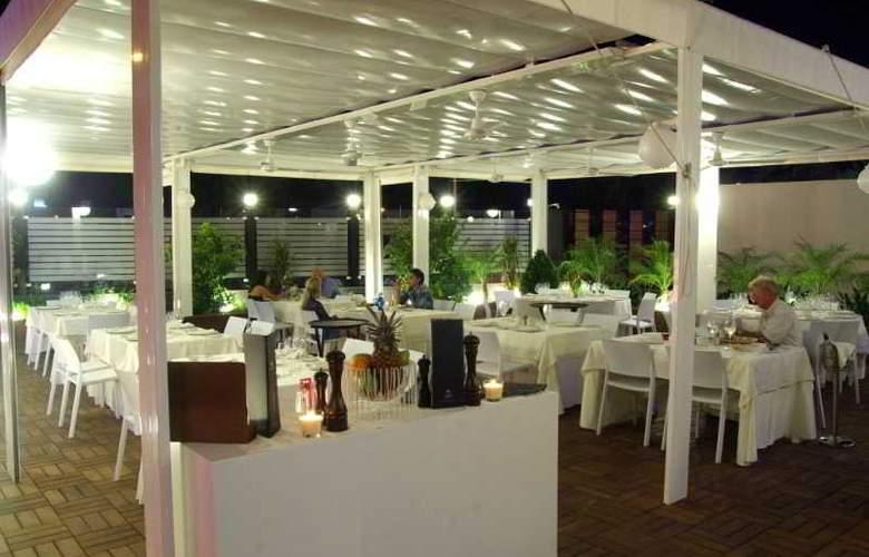 Malaga Nostrum - Hotel - 14