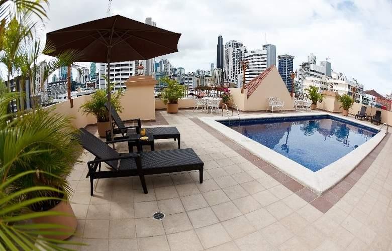Coral Suites Apart Hotel - Pool - 7