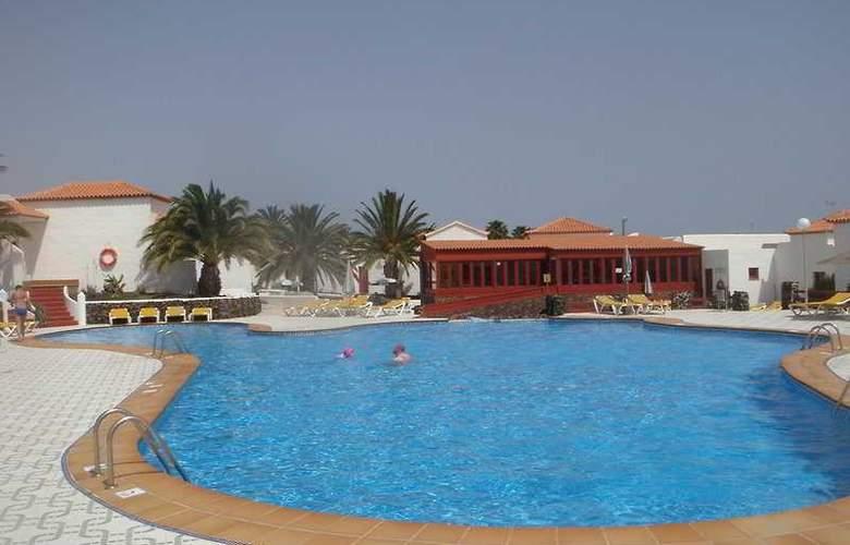 Castillo Beach - Hotel - 0