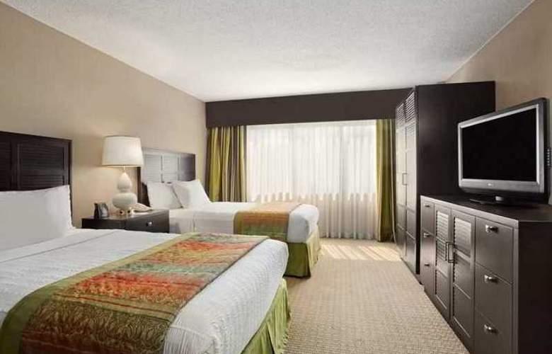 Embassy Suites Hotel - Hotel - 12