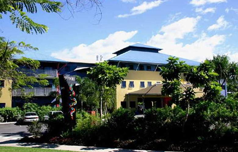 Nomads Cairns Backpackers - Hotel - 0