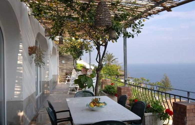 Maresca Hotel Praiano - Terrace - 3