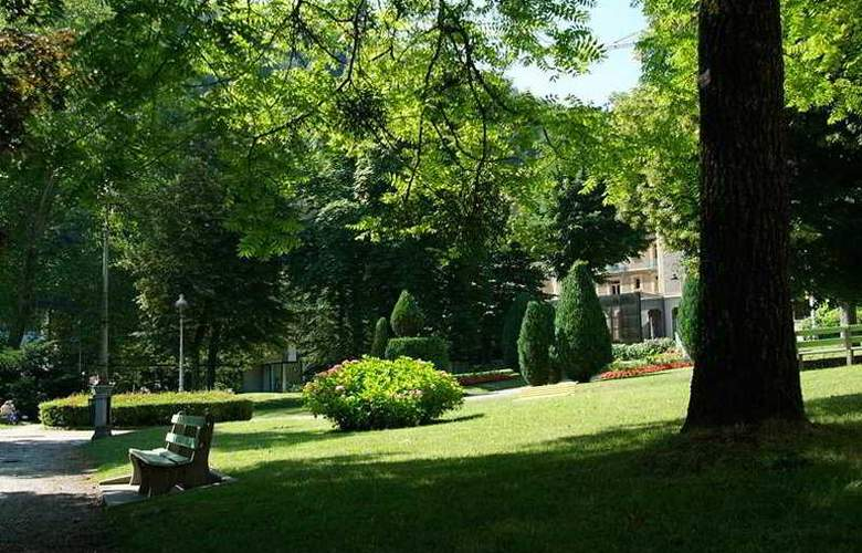 Homtel Le Parc - Terrace - 4
