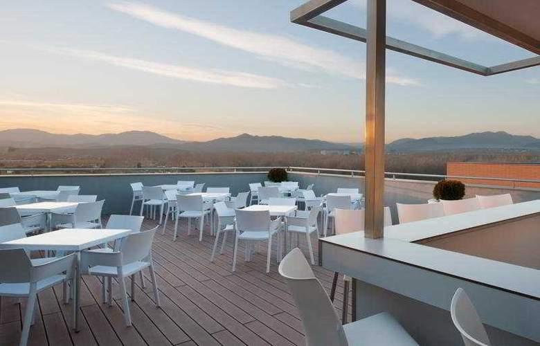 Double Tree by Hilton Girona - Terrace - 7
