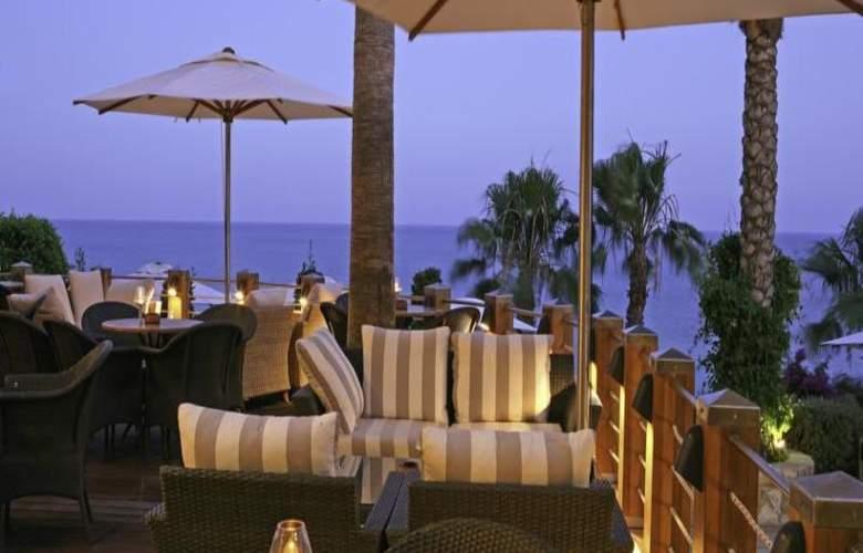 Columbia Beach Hotel - Hotel - 17