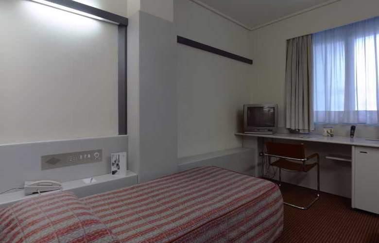 NH Torino Centro - Room - 12