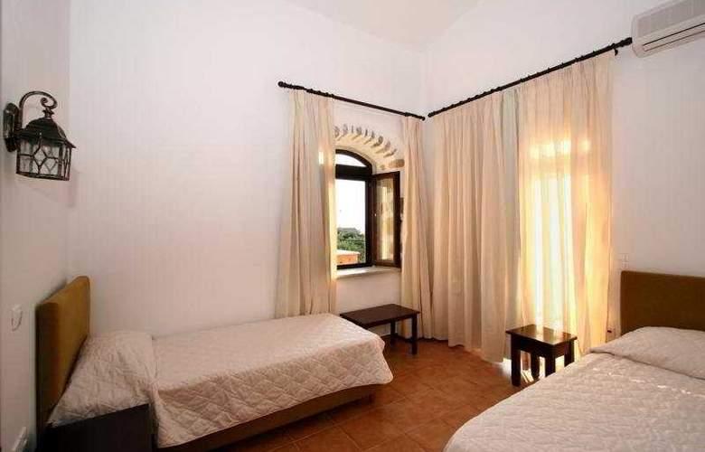 Liberta Villas - Room - 10