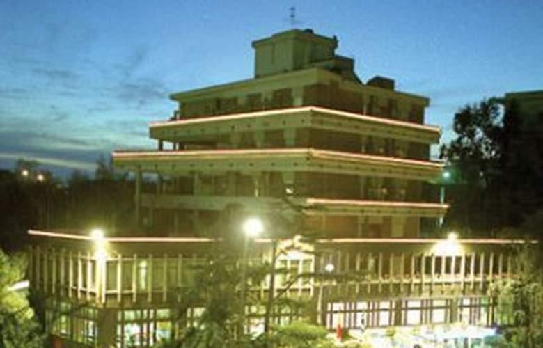 Best Western hotel San Germano - Hotel - 0