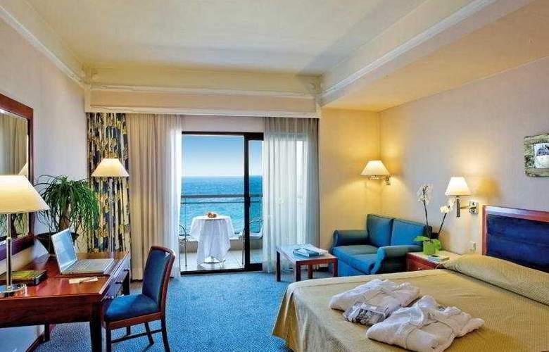 Mediterranean Hotel - Room - 2