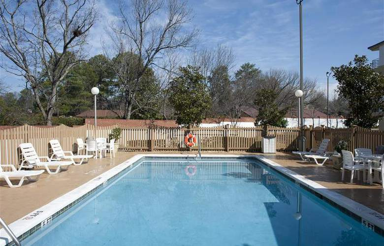 Best Western Columbus - Pool - 84