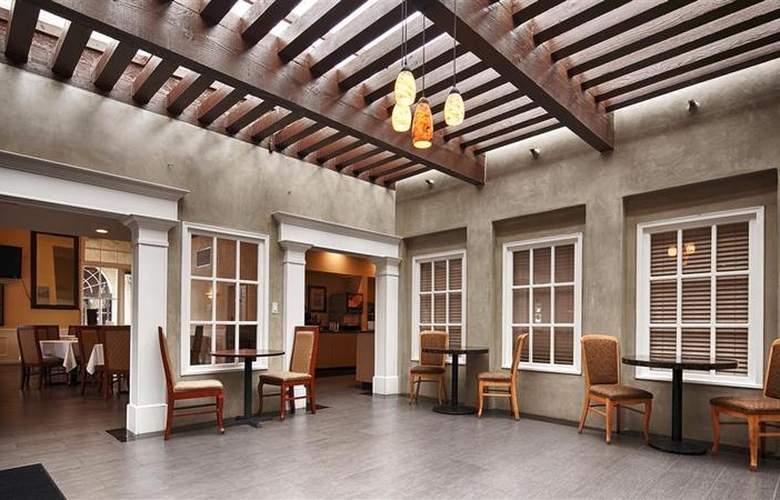 Best Western Newport Mesa Hotel - Restaurant - 128