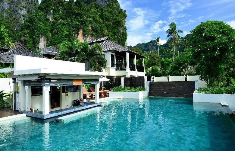Bhu Nga Thani Resort and Spa - Bar - 6
