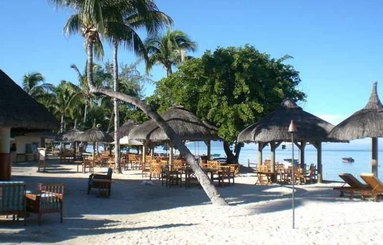 Hilton Mauritius Resort & Spa - Beach - 4
