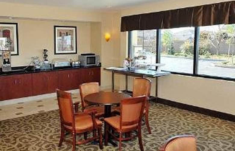 Comfort Suites I-80 W. Of UCD - General - 3