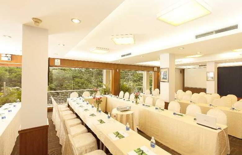 Liberty Hotel Saigon Park View - Conference - 18