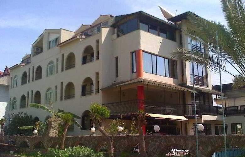 Tropic Marina - Hotel - 0