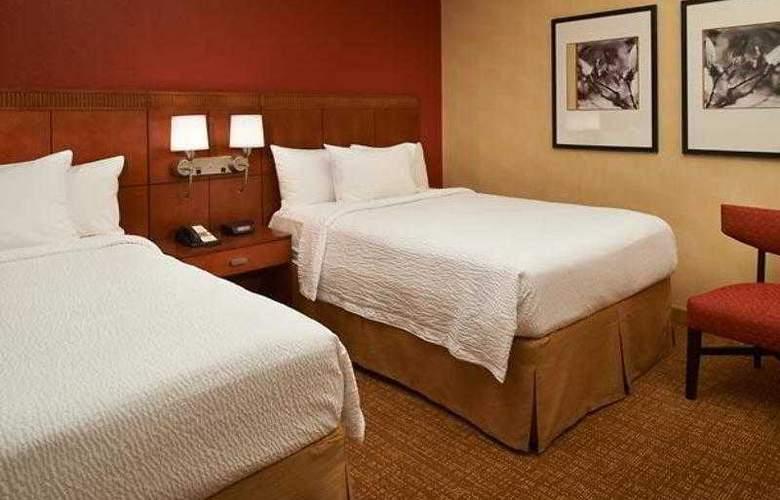 Courtyard Cincinnati Blue Ash - Hotel - 21