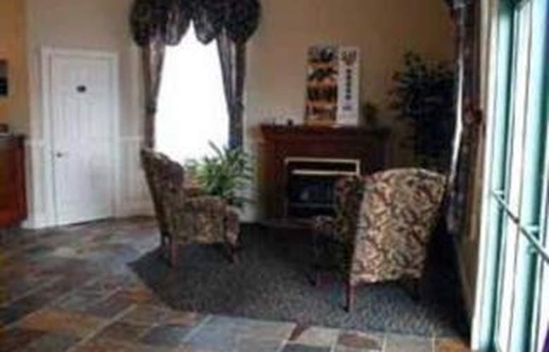 Quality Inn & Suites 1000 Islands - General - 2