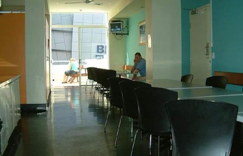 Base Brisbane Embassy - Sport - 7