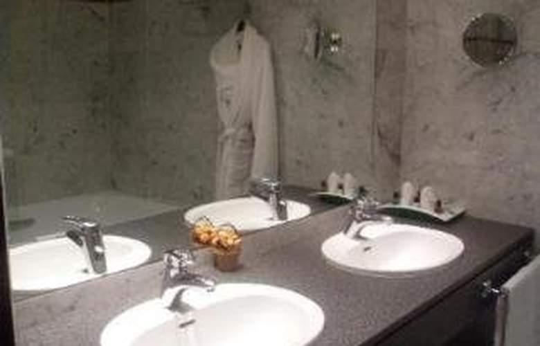 Holiday Inn Paris Versailles Bougival - Room - 2