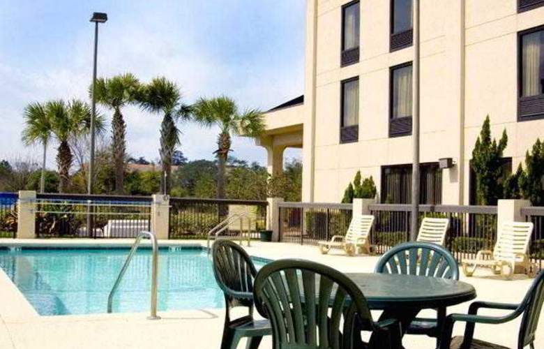 Hampton Inn Daytona/Ormond Beach - Pool - 22